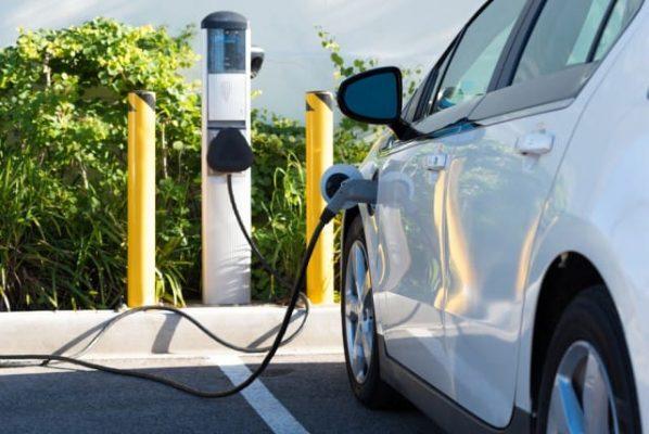 auto elettrica mobilità